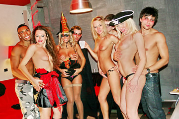 Crazy Halloween party, part 4